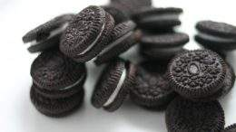 Mini Oreos. Photo by minato on Flickr.