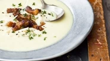 Image for Batch cookbook's potato, leek and bacon soup
