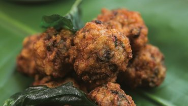 Image for Chef Angus An's prawn cakes