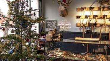 Image for Daily Bite: Embrace the holidays with Knifewear's Christmas in the 'Hood this Thursday