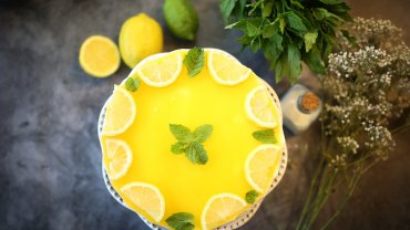Image for No-bake Lemon Cheesecake recipe from the Cooking with Mamma Marzia cookbook