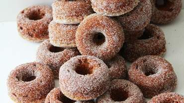Image for Fanny Lam's mini gingerbread donuts