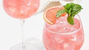 Image for Rose gin and grapefruit spritz