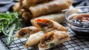 Image for Hoisin turkey spring rolls