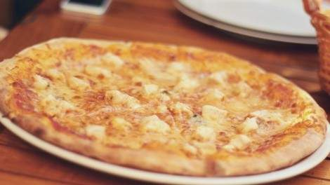 Image for Canadian food DYK: The not-so-tropical beginnings of Hawaiian pizza