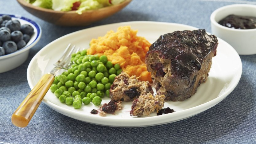 Image for Mini beef, blueberry and lentil meatloaf