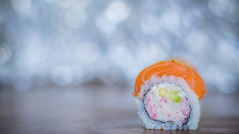 "Image for Canadian food DYK: Vancouver chef Hidekazu Tojo created the California roll and popularized the ""inside-out"" sushi rolling technique in North America"