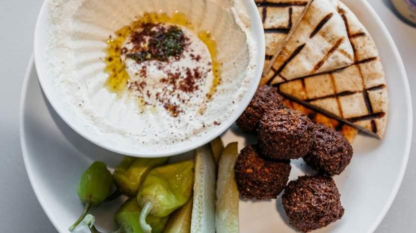 Falafel Yoni photo by David Dworkind.