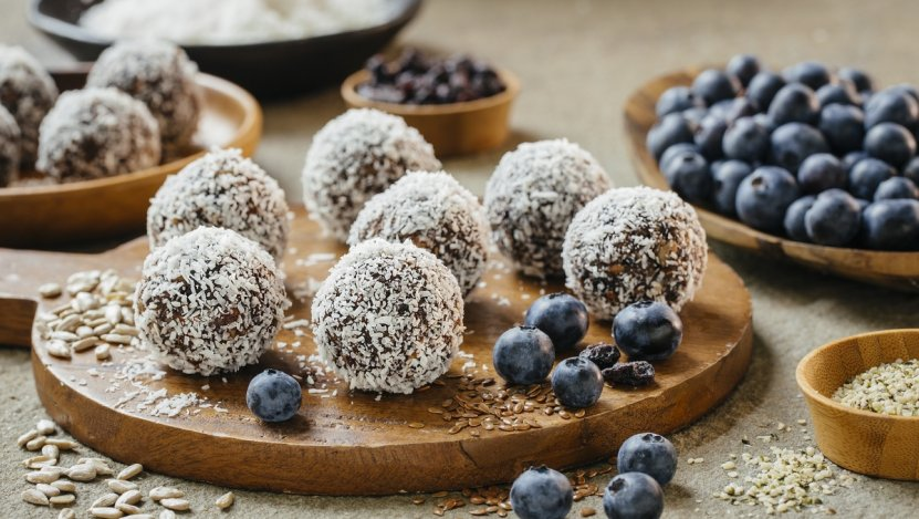 Image for No bake blueberry cocoa seed bites