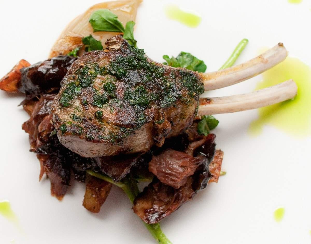 Rosemary, Garlic and Black Pepper Marinated Lamb Cutlets Recipe