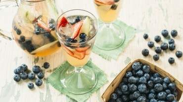 Image for White wine sangria with B.C. blueberries