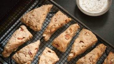 Apple-Oatmeal Scones with Almond Glaze