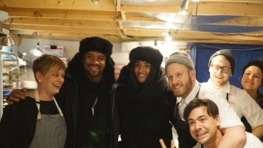 Image for Daily bite: R&B star Ciara and Seahawks Quarterback Russell Wilson dine at Winnipeg's RAW: Almond