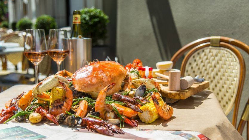 Image for Boulevard's summer seafood boil